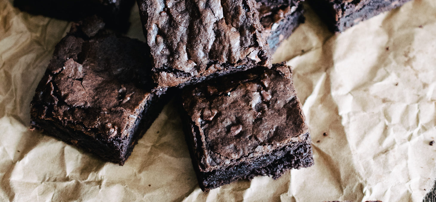 crinkle top fudgy brownies